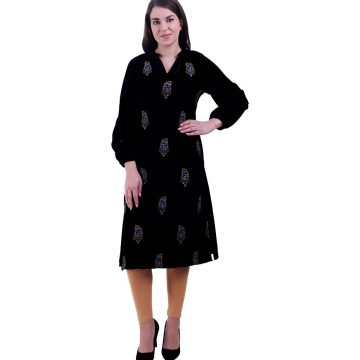 Women Black Kurta (Paisley)