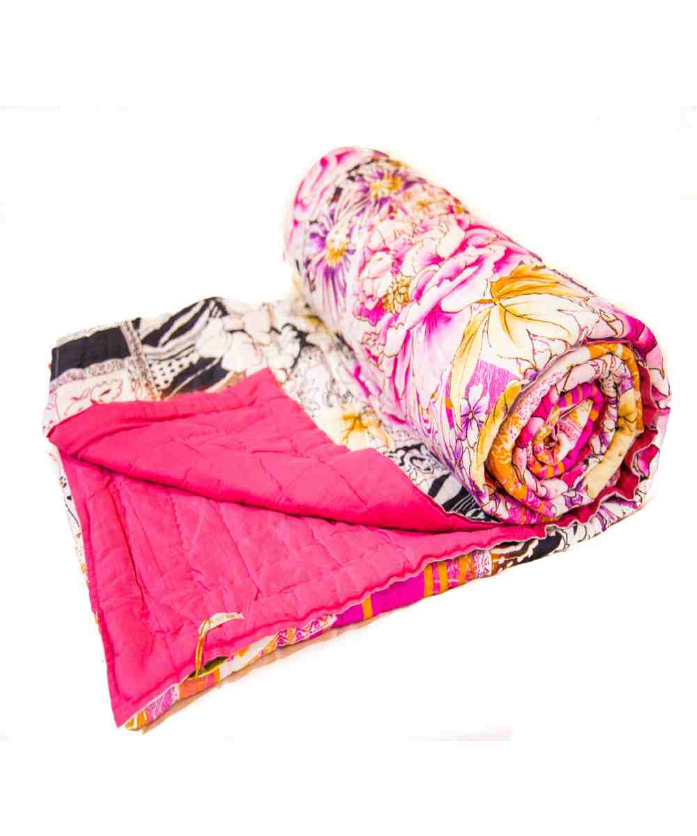 Multicolor Pink Digital Print Jaipuri Cotton Voile Quilt