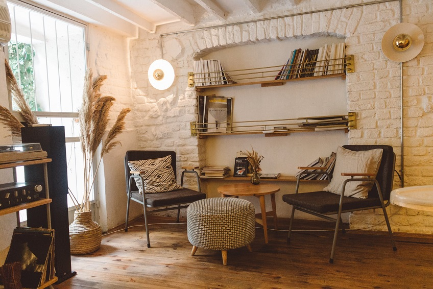 6 Ways To Add More Seating To Your Living Room