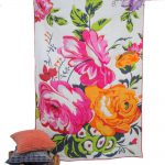 Mutlicolor floral print quilt and comforter